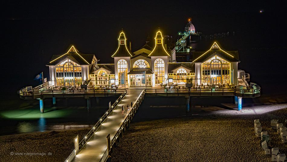 Die Seebrücke nachts