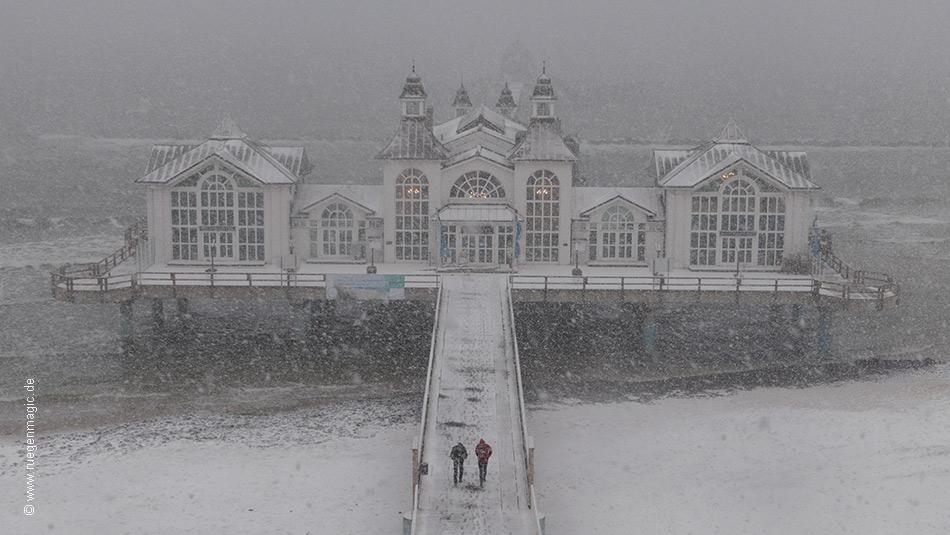 Die Seebrücke Sellin im Winter