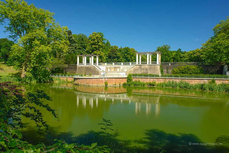 Pergola im Putbusser Schlosspark