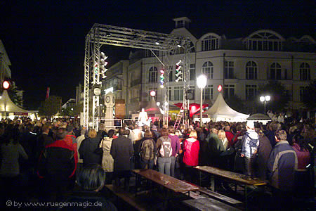 Bühne vor der Seebrücke Binz