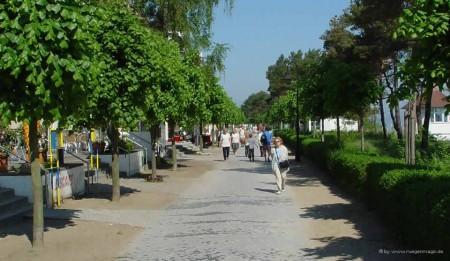 Strandpromenade Binz im Sommer