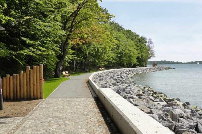 Die Uferpromenade Goor in Lauterbach auf Rügen