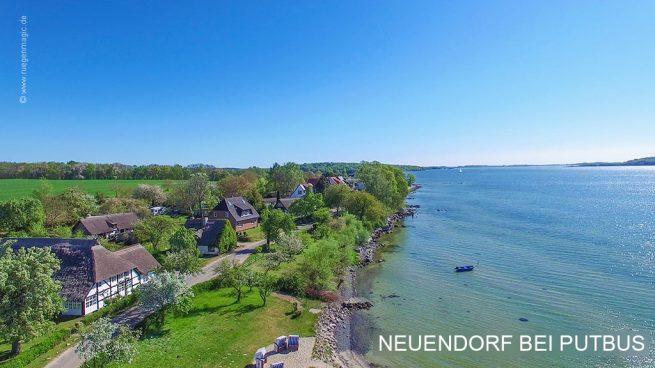Luftaufnahme von Neuendorf am Greifswalder Bodden mit einer Weitwinkel-Drohne