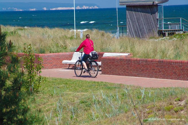 Ab Mai 2019 kann man auf diesem Meerblick-Radwanderweg zwischen den Ostseebädern Sellin und Baabe fahren.