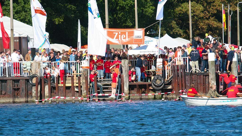 Das jährlich stattfindende Vilm-Schwimmen