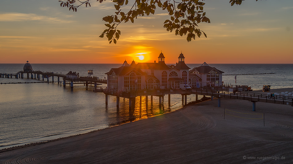 Sonnenaufgang Selliner Seebrücke